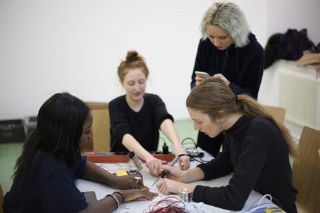 Open Lab class: yeastogram workshop with Günter Seyfried in January 2018, photo: Reka Viktoria Nemet.
