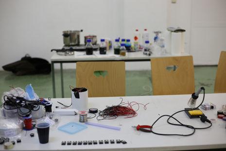 Open Lab class: yeastogram workshop with Günter Seyfried in January 2018, photo: Reka Viktoria Nemet.